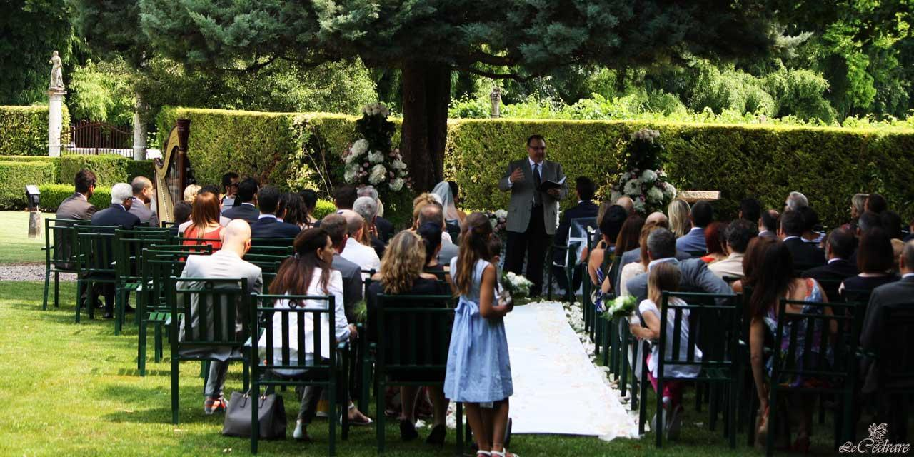 Wedding in the garden of the restaurant in Verona