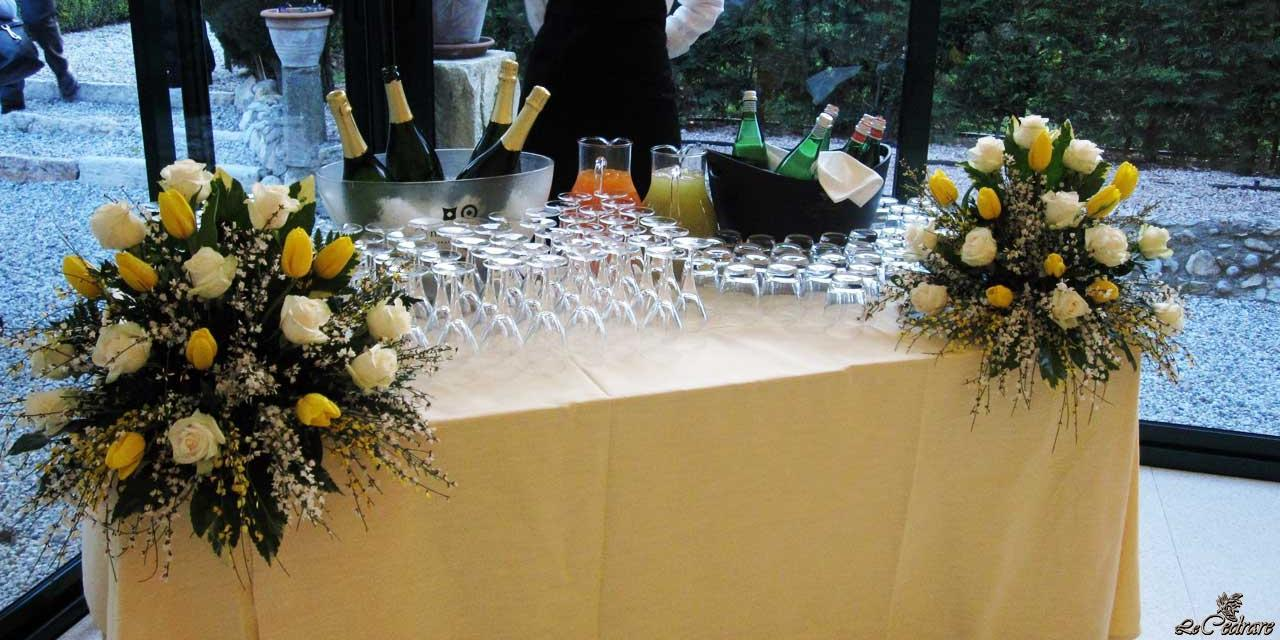 Drinks service at the restaurant in the garden view room for many groups