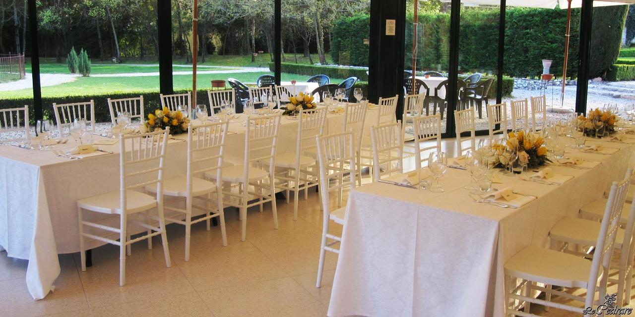 Large room for business dinners, groups, special events and weddings