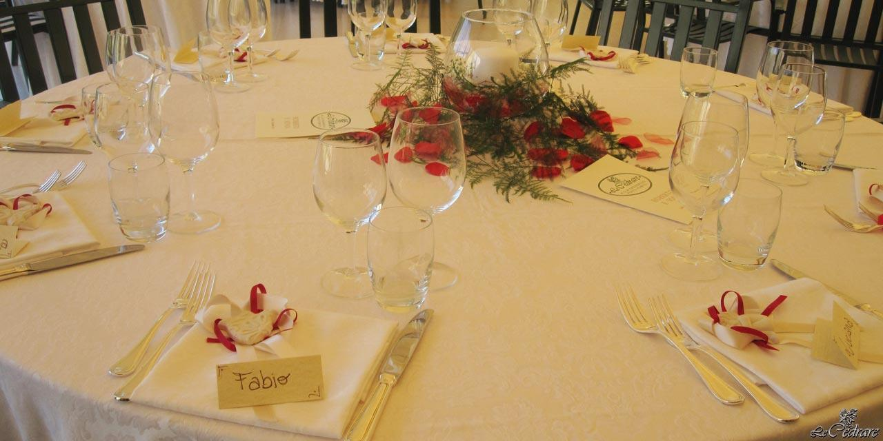 Table prepared for the wedding restaurant and large groups