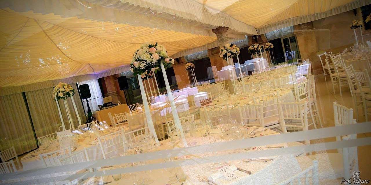 Restaurant with room for a wedding with a lot of guests